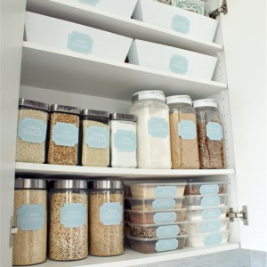 Pantry-Organization-with-free-printables