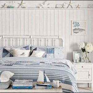 Beach-Bedroom-Decor-beachbedroomdecoratingideasCoastalthemedbedrooms