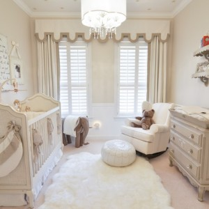 ba-nursery-decorative-ba-room-art-ideas-with-cute-wallpaper-baby-room-chandelier